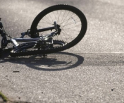 Husi: Biciclist accidentat in sensul giratoriu.