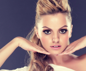WOW! Alexandra Stan, show in sanii goi...