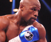 Floyd Mayweather l-a invins pe Marcos Maidana si si-a pastrat centura WBC