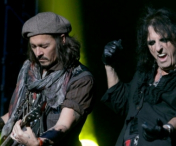 Johnny Depp, Alice Cooper si Joe Perry (Aerosmith) vin in Romania