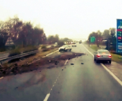 ATENTIE, POLEI! Accident in lant - VIDEO