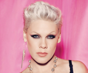 Pink va interpreta imnul national al SUA la finala Super Bowl